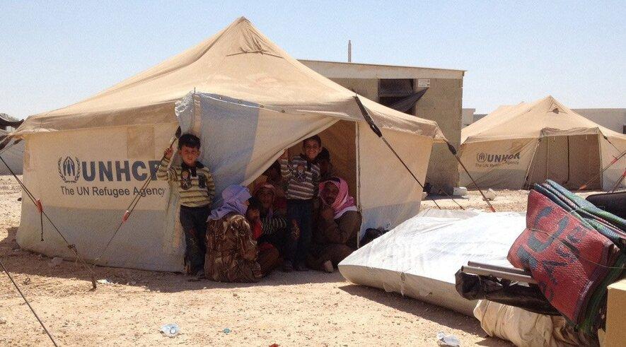 Syrian refugees angered by Obama postponing strikes against Assad