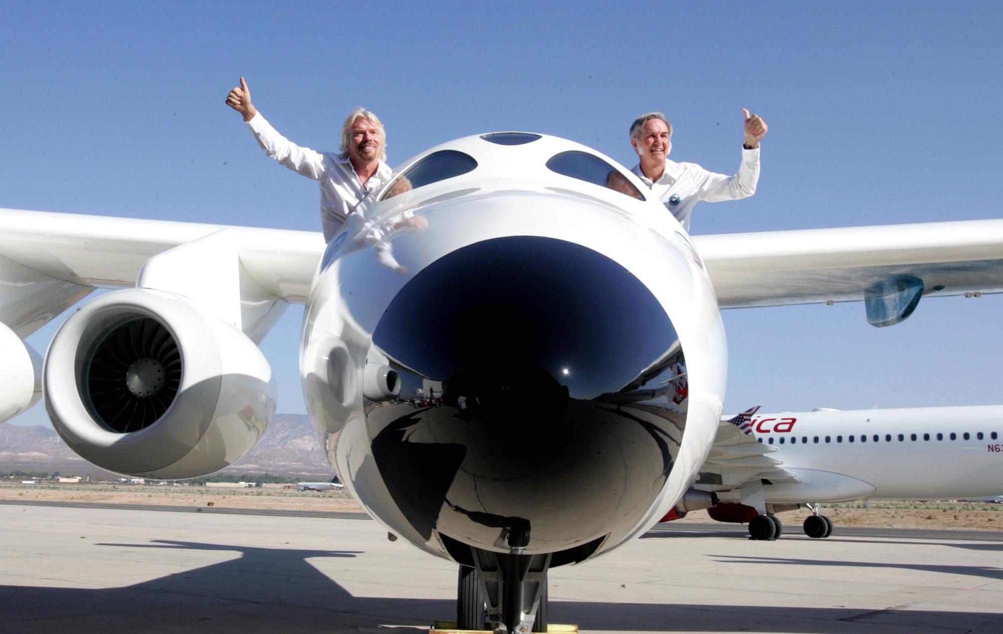 Virgin galactic shows off mothership aircraft