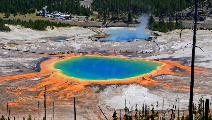 Newsela - Birth of Yellowstone caldera wasn't from hot-rock
