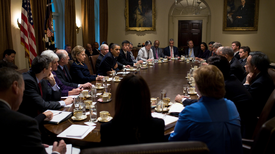 newsela - what does the president's cabinet do?