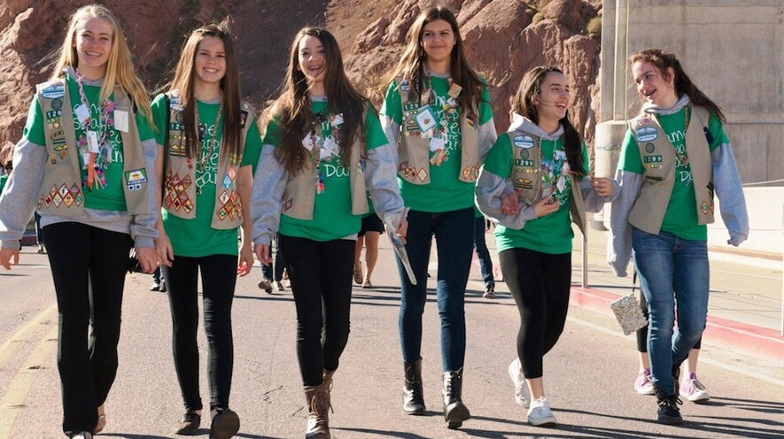 newsela girl scouts accuse boy scouts of recruiting