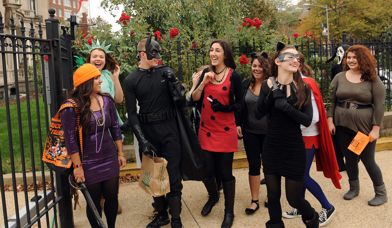 Superb College Students From American University Get Ready To Go Trick Or Treating  In Washington